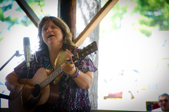 Mama Beth revels performed with two members of her Windy Ridge band. Photo by Stephen Ide