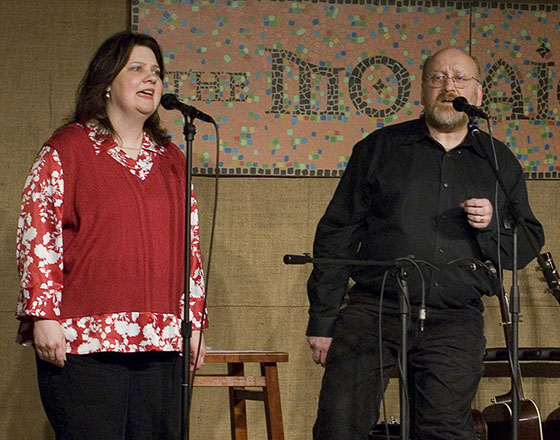 Leslie Lee and Steve Gretz perform at their farewell concert in 2007 ~ Photo by Stephen Ide