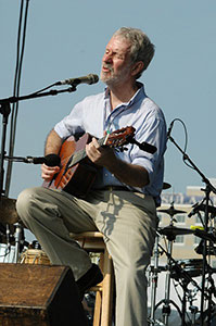 Jesse Winchester at the Boston Folk Festival in 2006. Photo © Copyright 2006 Stephen ide