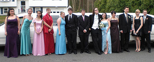 The group gets ready to take the limo to the prom