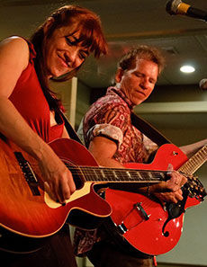 Maura and Pete Kennedy at the Rose Garden Coffeehouse, Mansfield, Mass., 2010. Photo by Stephen Ide